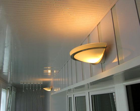 Красивое освещение на балконе, фото настенных, потолочных, т.